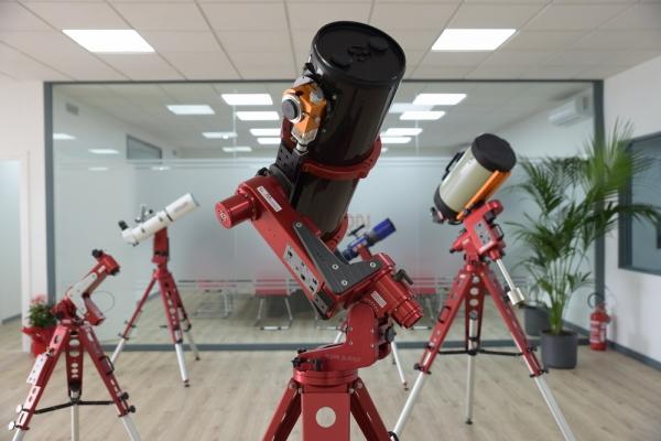 avalon-instruments-showroom-02-8009928273C-620B-2193-A859-D7274BE97FBF.jpg
